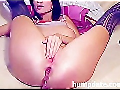 Hot babe toying and fisting her asshole on cam