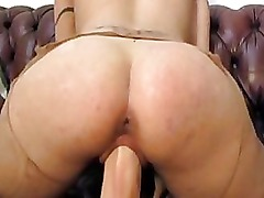 Milf amateur huge dildo fucking and bizarre watersports