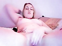 hot girl masturbating