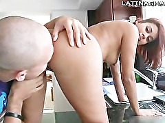 Latina pornstar Julissa James sucks off