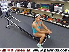 Real Spycam Sex: Muscular Fitness Babe