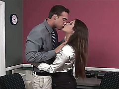 Her boss is a rough hot guy who likes when his orders are always accomplished. So Rocco Reed has ordered Jynx Maze to suck his big fick as good as she can, cause he wants it.