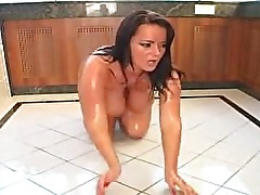 Sexy hot oiled up body seducing