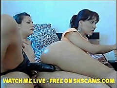 Anal Dildo on webcam with 2 Hot Girls