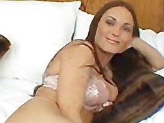 BRUNETTE BLOWJOB AND TITFUCK