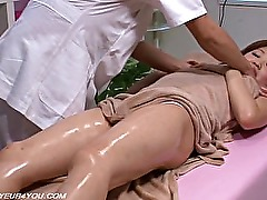Japanese Girl Gets Erotic Body Massage