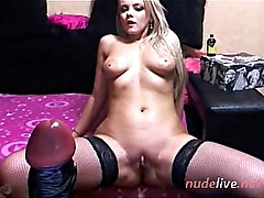 HOt CHick with Great Ass - WEbcamShow