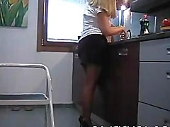 amateur wife in panties and stockings