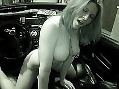 Amateur Hottie Fucks a Stickshift