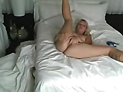 Amateur Tattoed Blonde Fucked On Bed