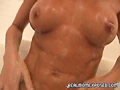 Amateur MILF bathes and teases!
