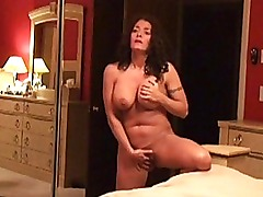 Busty amateur girlfriend homemade action