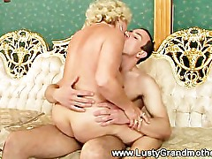 Mature hairy granny fucked then cumshot from lucky guy