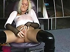 Amateur Blonde Toying Her Naughty Pussy