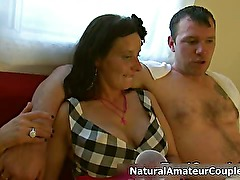 Dirty amateur slut gets horny getting