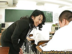 Natsumi Kitahara ass licks her guy