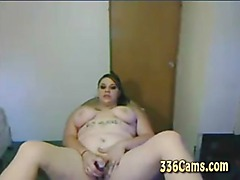 White Hot BBW On Webcam With Pink Dildo