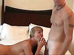 homemade amateur threesome oral fuck