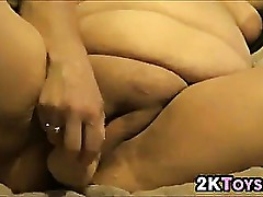 Amateur BBW Masturbating