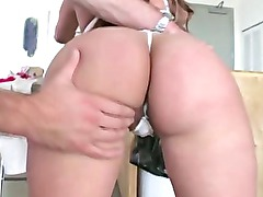 Amateur booty babe big ass licked