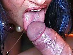 arab woman sucking fat cock