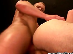 Amateur muscly jock gets rammed