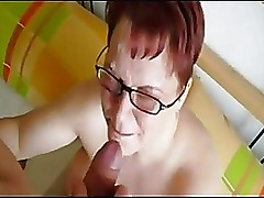 Amateur BBW cougar get cum on her face