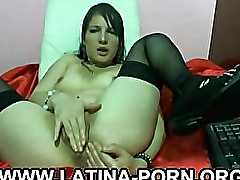 Huge Ass Latina Stockings Dildo Pussy on Webcam