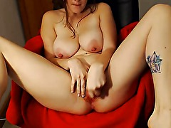 Big tits amateur with nipples pierced