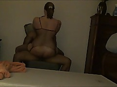 Thick Amateur Goes For A Ride - Derty24