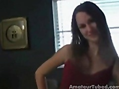 Amateur in sexy lingerie gets a facial