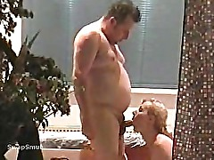 Client fucks hooker bareback at spa