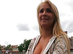 Amateur Eurobabe Lana fucked and paid