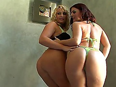 After babe finished cleaning her bathroom, Flower Tucci is very nasty and she feels like masturbating. Amateur is not satisfied with of fucking her sissy, thats why bitch calls her friend!