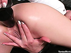 Skinny extreme amateur bizarre huge anal toys and ass gaping fetish