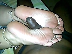 mature bbw white feet