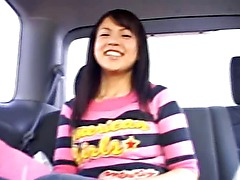 Amateur chinese hooker in the car