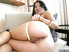 Oriental Asa Akira with bubbly bottom gets throat stuffed by mans erect rod