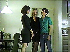 LBO - Mr Peepers Amateur Home Videos 11 - scene 1 - video 2