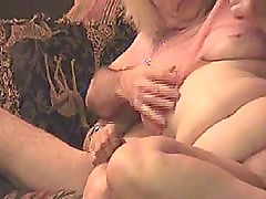 HOT HOT HOMEMADE VIDEOS TO WATCH