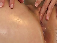Masseuse amateur babe fingers tight pussy