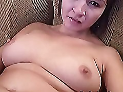 Busty Vanessa jerks her pussy using dildo