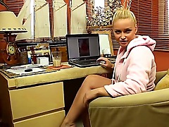 Sensational blonde babe shows and explains how one works in a kernel management group