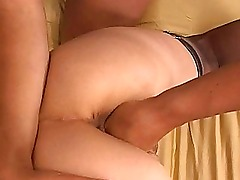 hole fisting between amateur couple