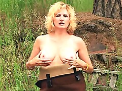 Outdoorsy mother Id like to fuck Fucked In The Forest